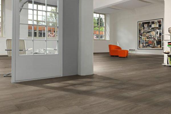 happyfloor-galerija-slika-vinyl-025EC5C01DE-03A3-425C-8DB0-5578E2CEBCD9.jpg